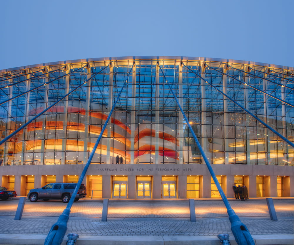 Entrance area of Kauffman Center (©www.novumstructures.com)