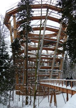Look-Out Tower at the End of Tree-Top Trail (© WIEHAG GmbH)