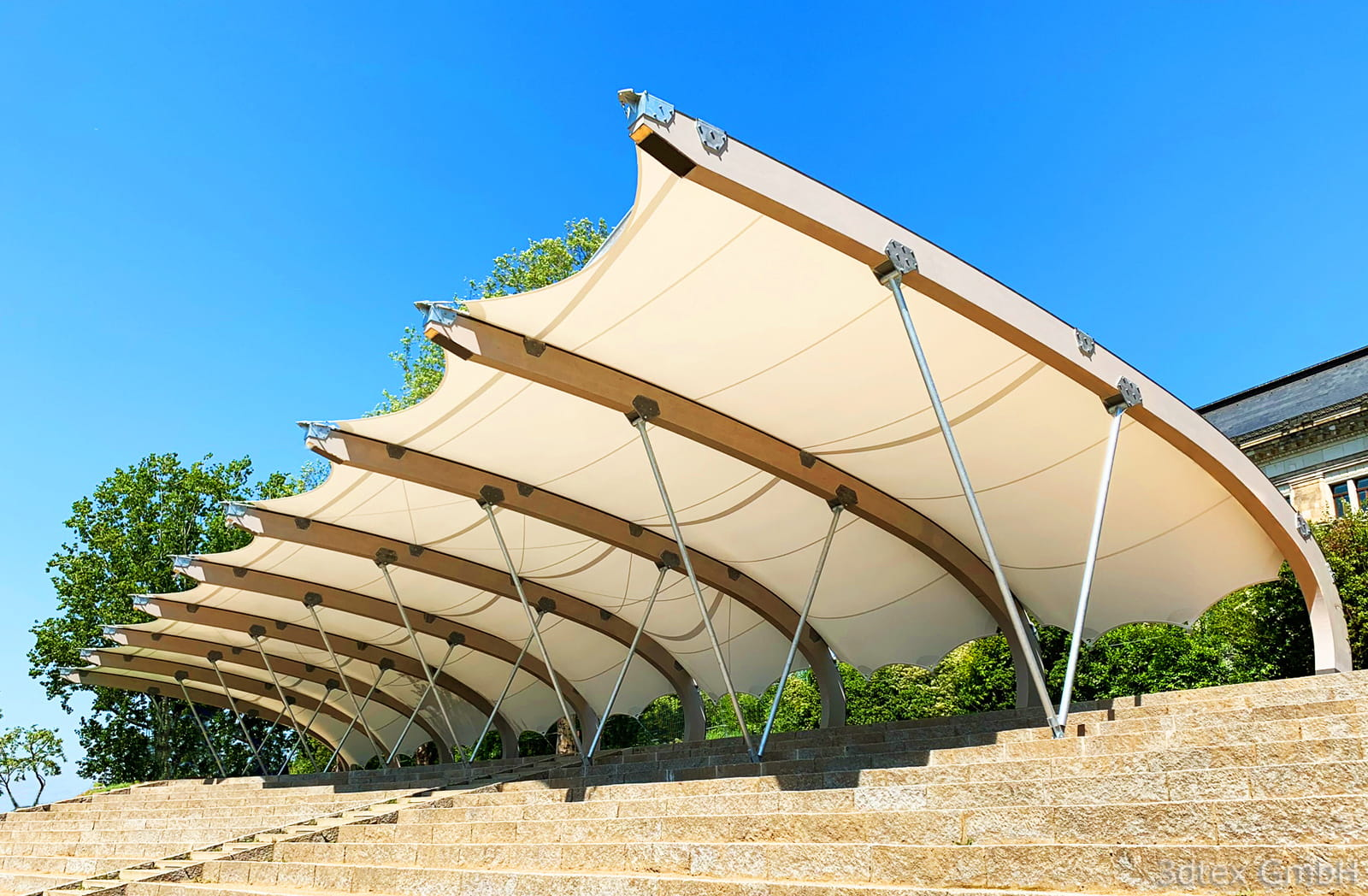 Membrane Roof Structure on the Banks of the Elbe in Dresden, Germany (© 3dtex GmbH)