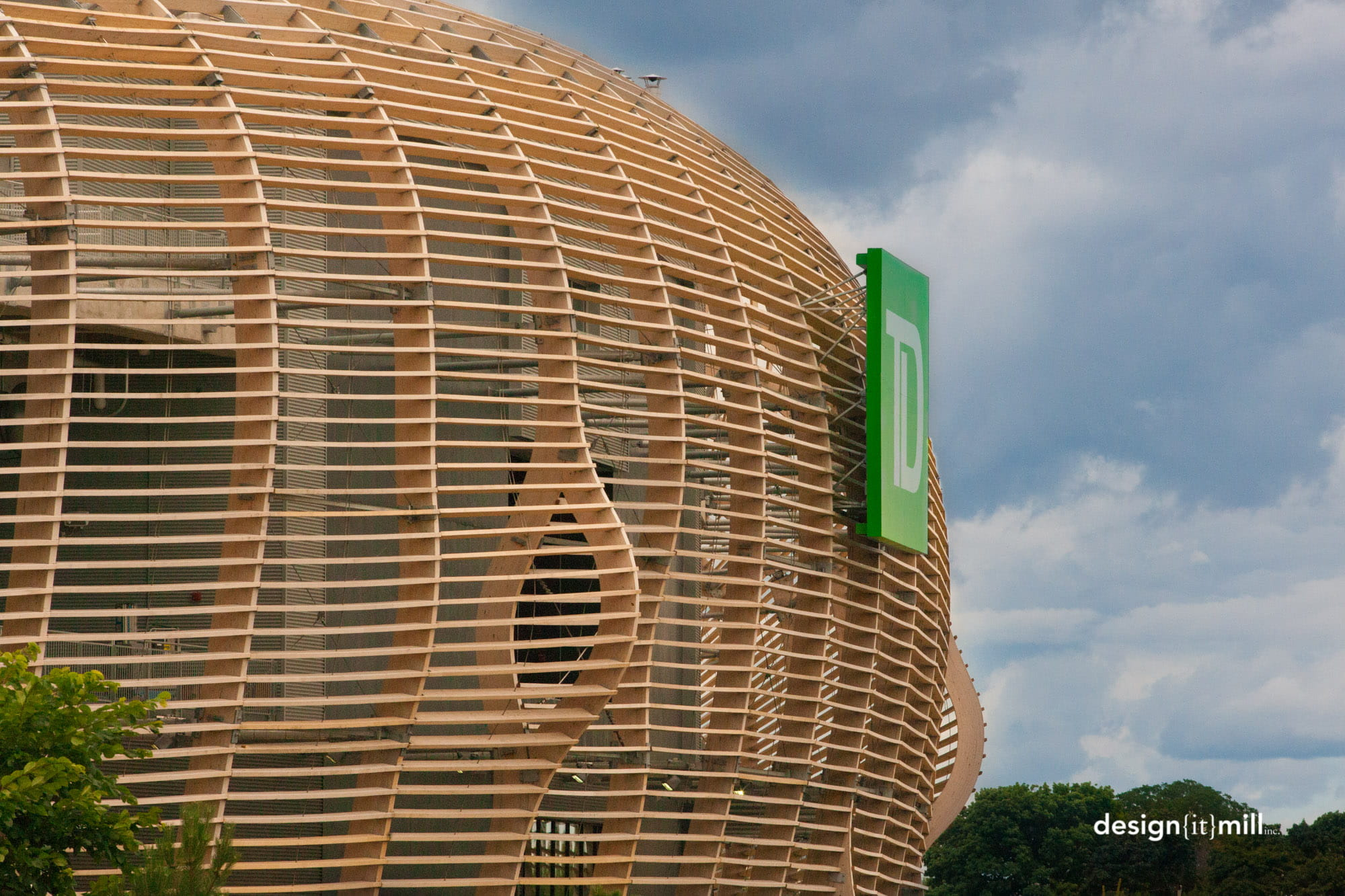 Fachada de madera en el Estadio TD Place de Ottawa, Canadá (Fotografía: © Mark Cichy, Design It Mill)