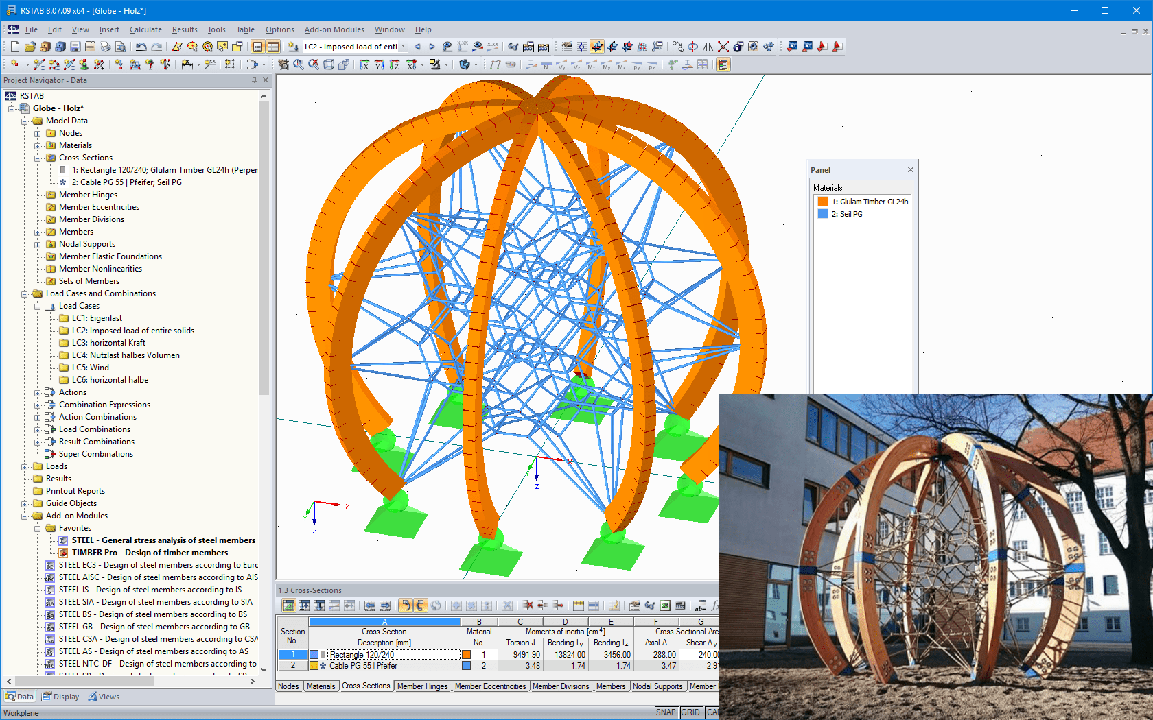 3D model and photo of the 'Globe' rope play equipment (© Screenshot: Dipl.-Des. Heinz Bornemann, Bad Bentheim | © Photo: Berliner Seilfabrik)