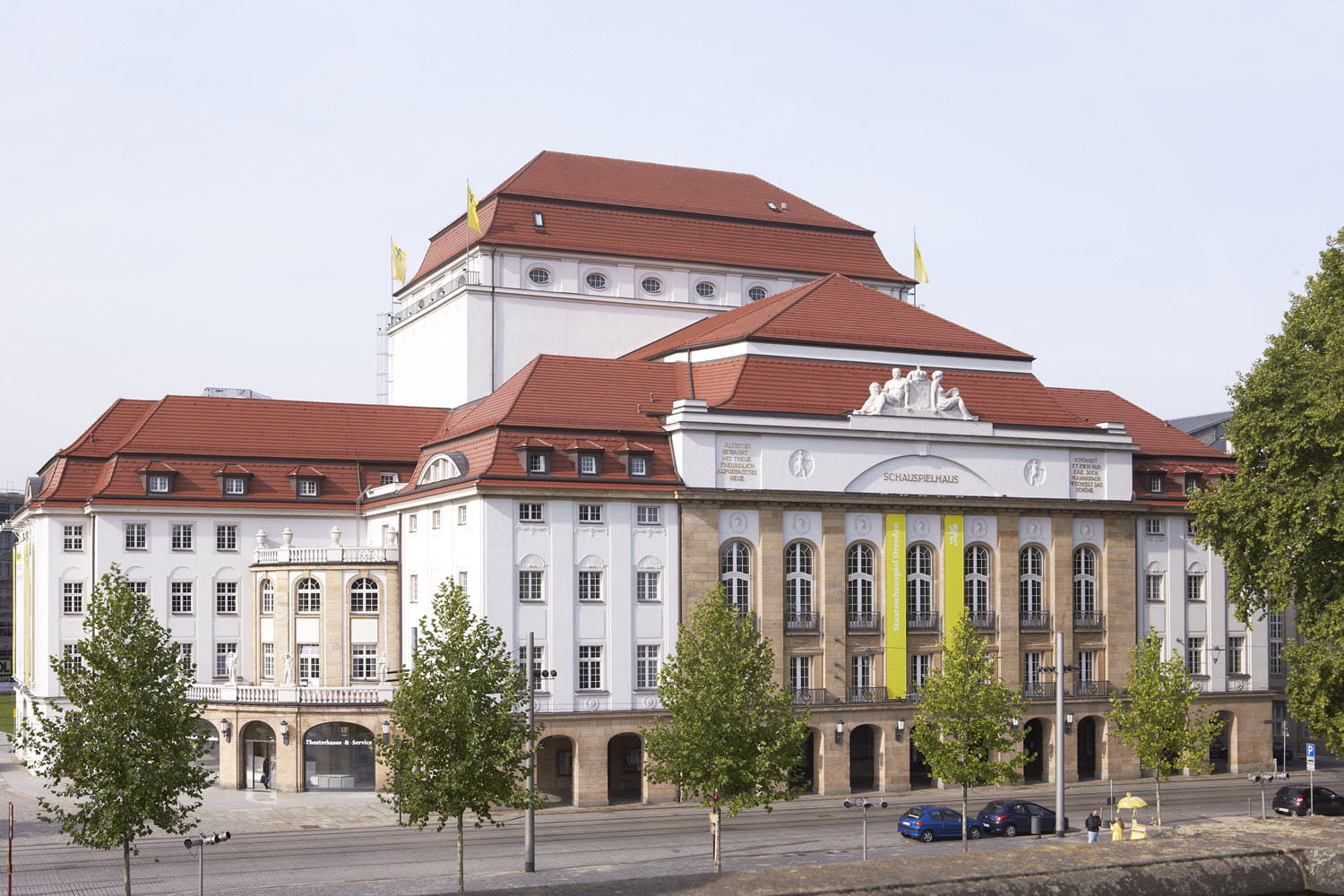 Renovated and modernized playhouse (© Archiv Staatstheater Dresden)